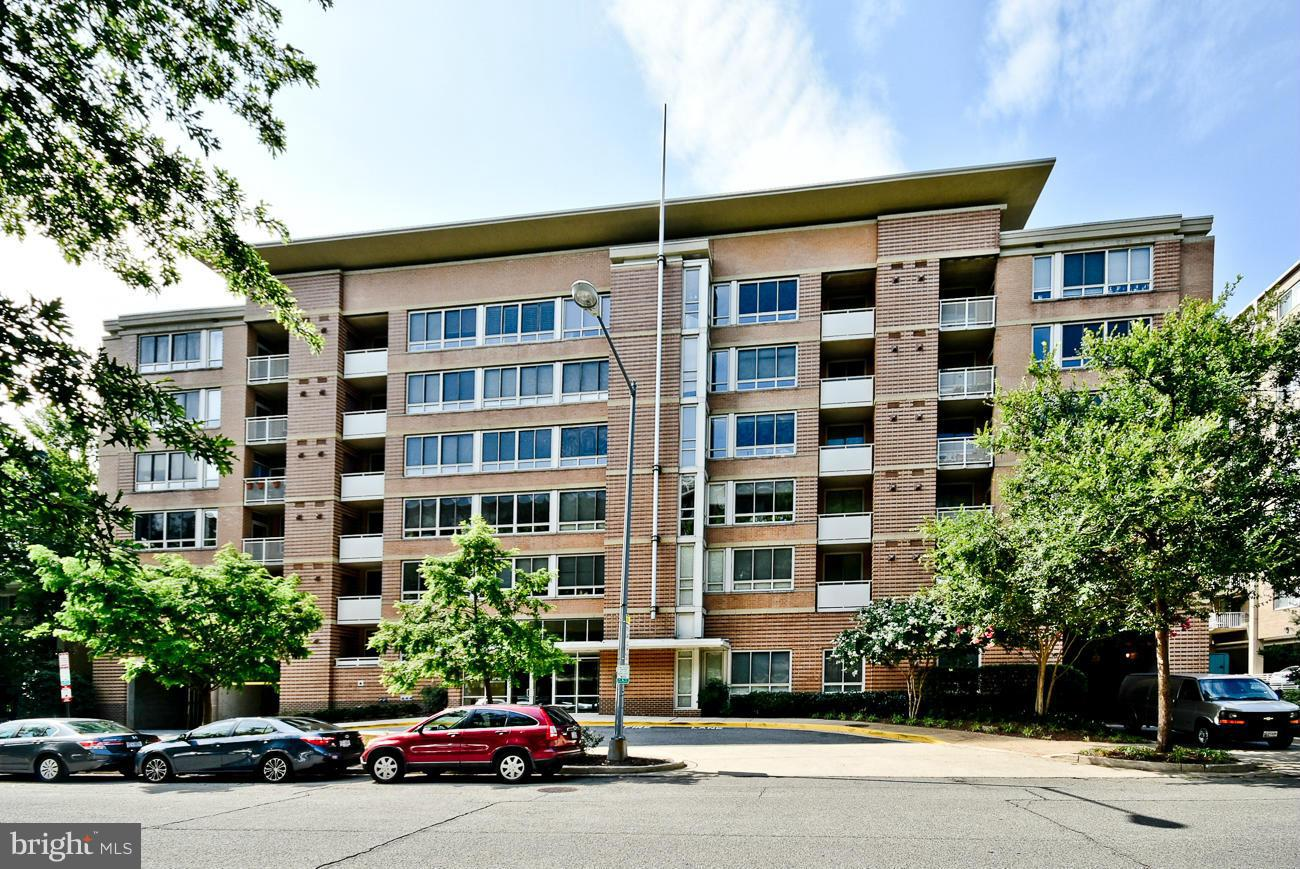 Single Family for Sale at 350 G St SW #n104 Washington, District Of Columbia 20024 United States