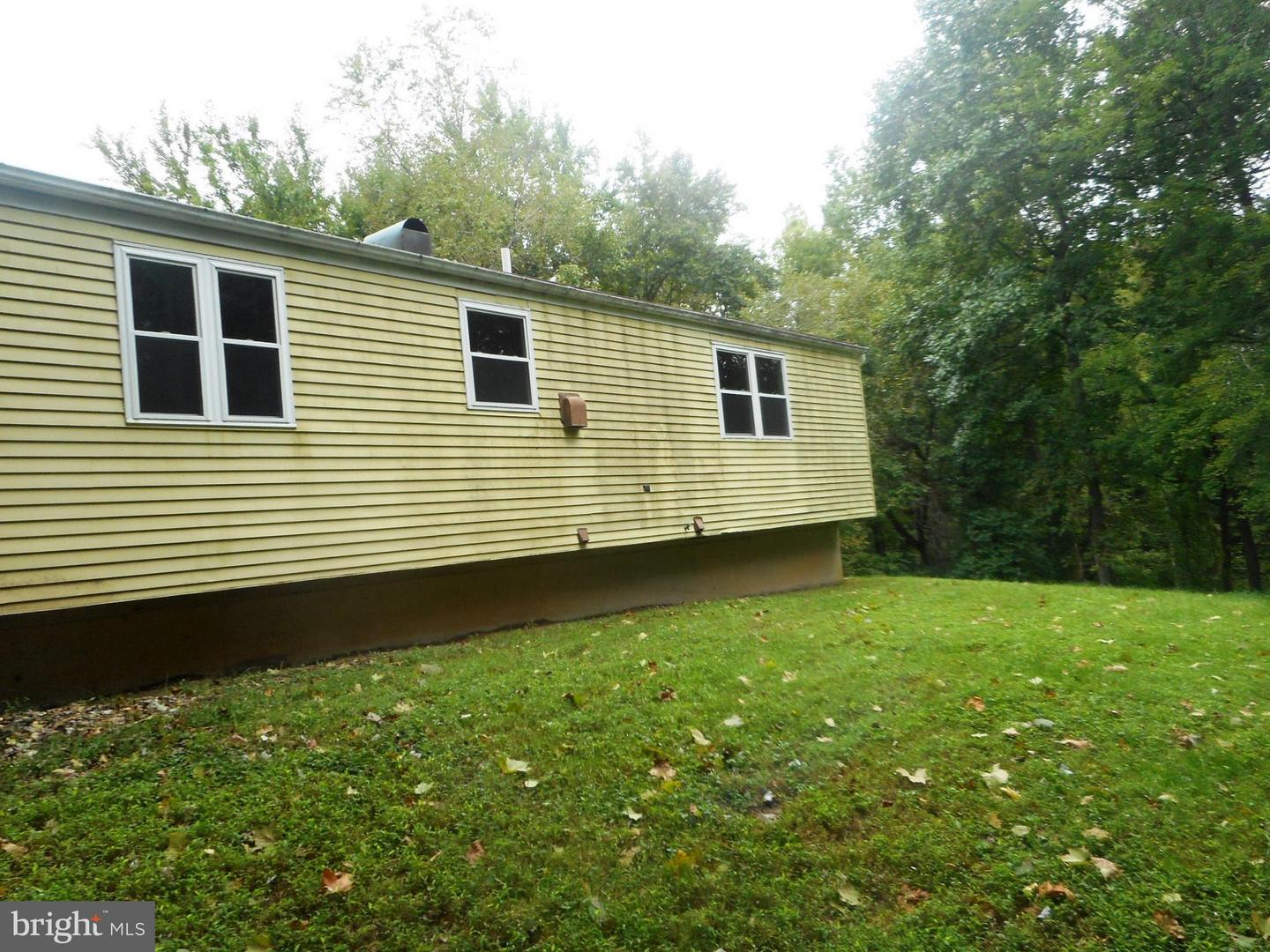 Additional photo for property listing at 3811 Windbrook Pl  Clinton, Maryland 20735 United States