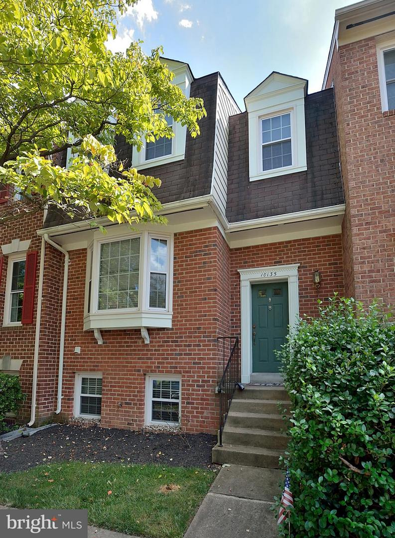 Other Residential for Rent at 10135 Oakwood Chase Ct Oakton, Virginia 22124 United States