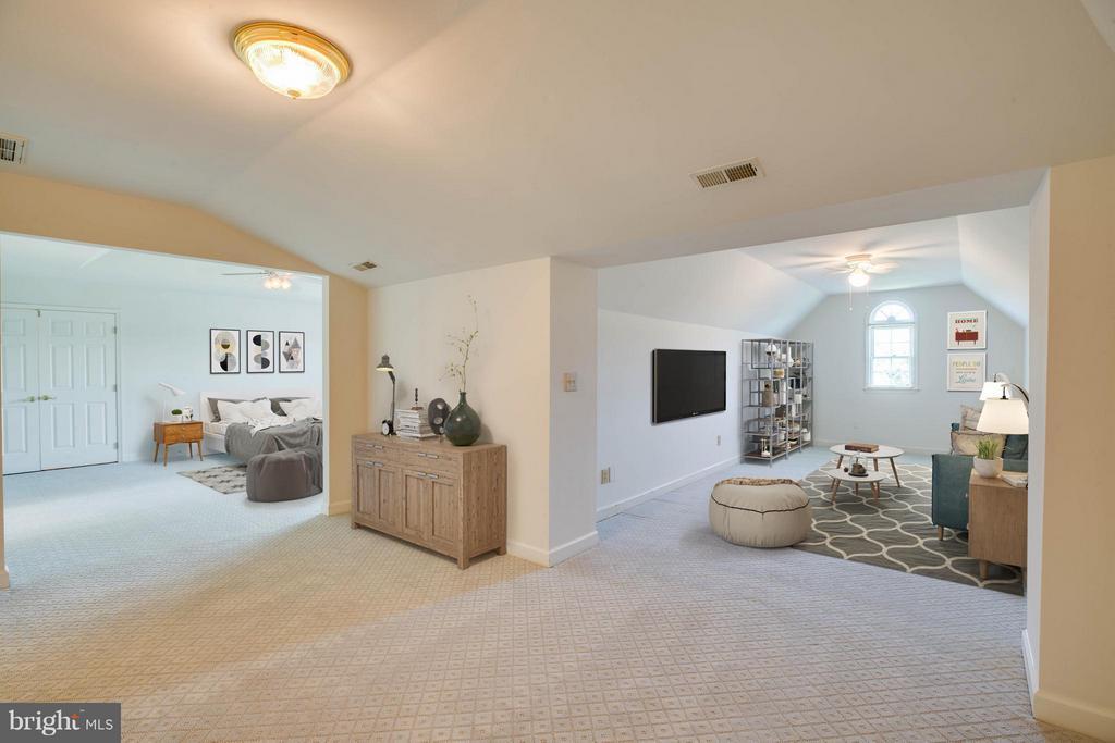 Bedroom (Master) - 210 OLD LANDING CT, FREDERICKSBURG