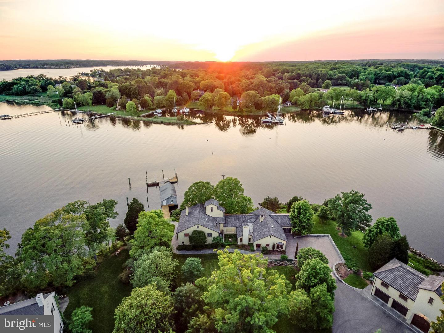 Single Family Home for Sale at 3182 Harness Creek Road 3182 Harness Creek Road Annapolis, Maryland 21403 United States