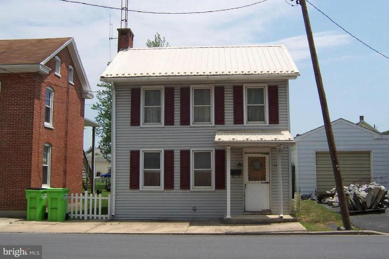 Other Residential for Rent at 109n Washington St Greencastle, Pennsylvania 17225 United States