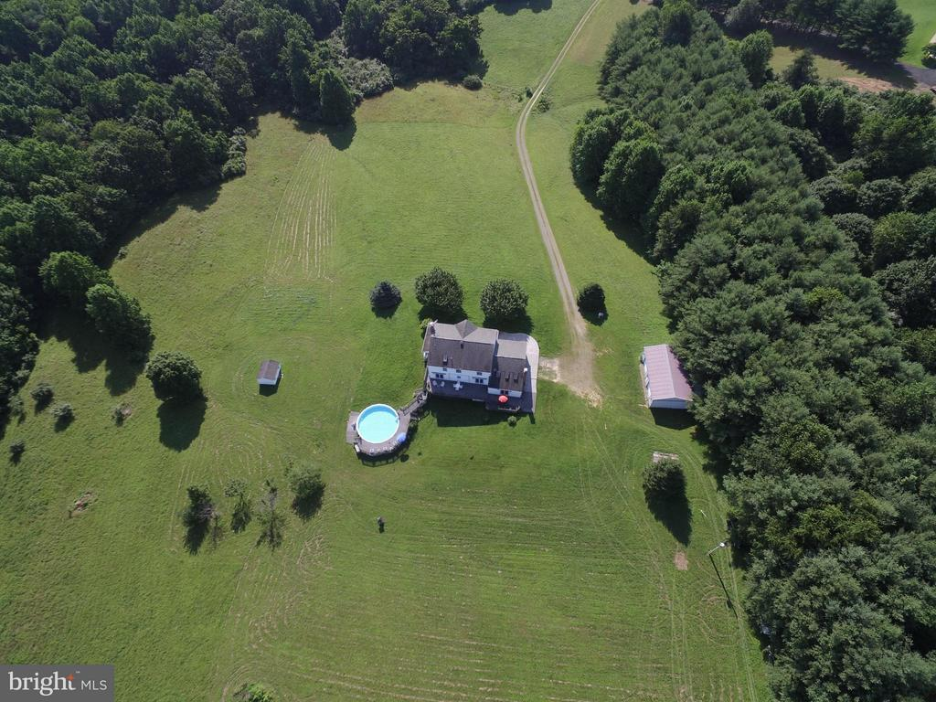 Private 24.9 acres of land AND almost 5000 SF home - 42064 BLACK WALNUT LN, LEESBURG