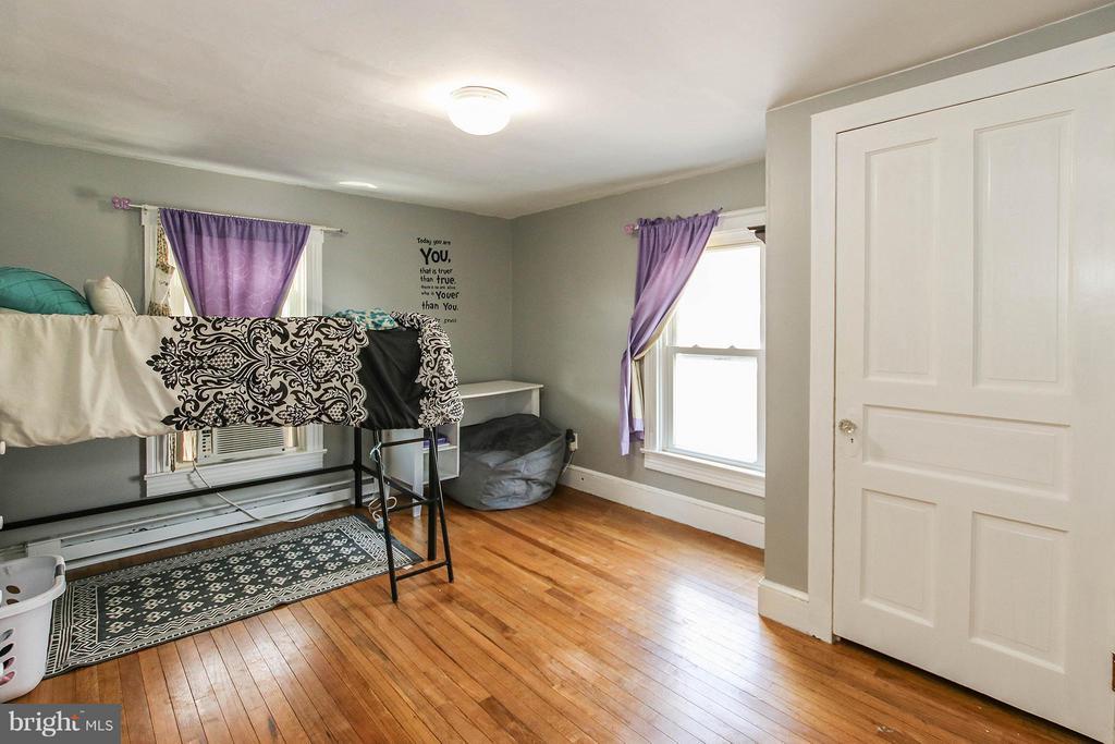 2nd bedroom - 6 D ST, BRUNSWICK