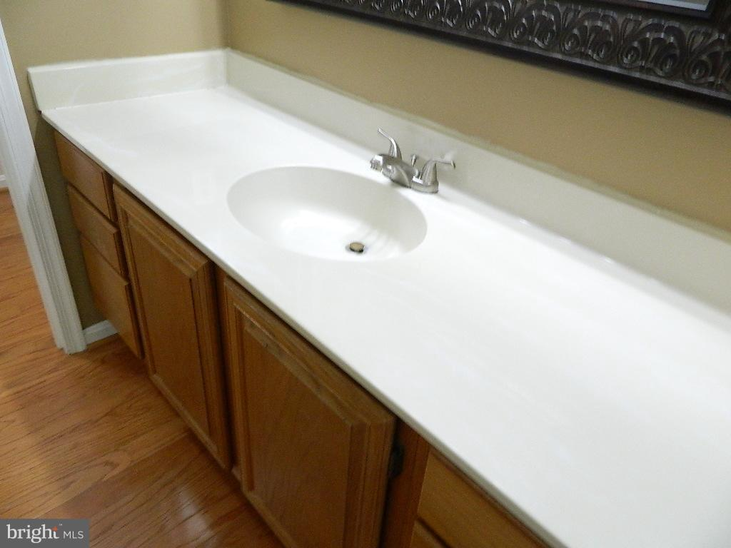Bath (Master) - Second Bath - 2220 SPRINGWOOD DR #109B, RESTON