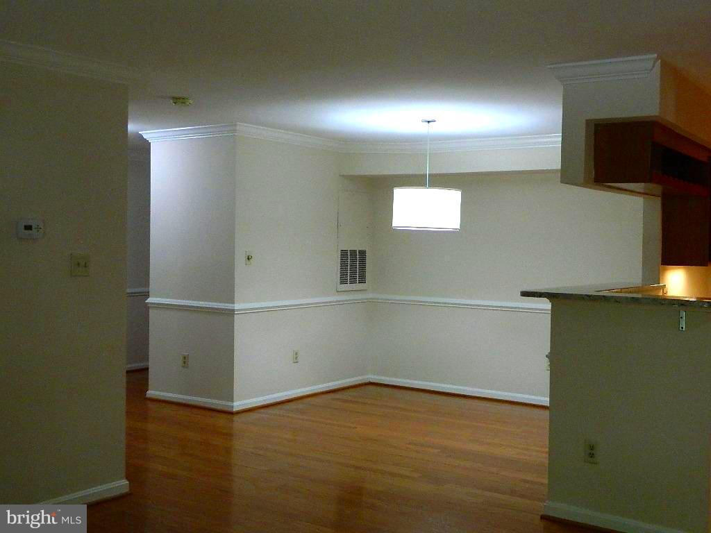 Living Room - View to Dining Room - 2220 SPRINGWOOD DR #109B, RESTON