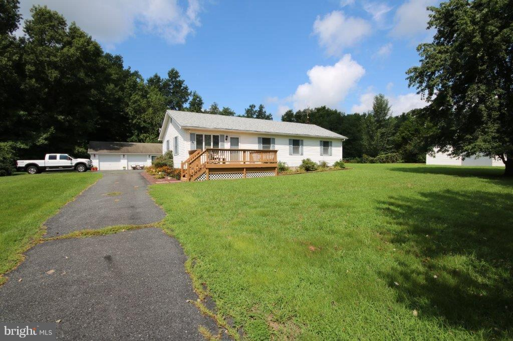 Single Family for Sale at 17040 Melville Rd Henderson, Maryland 21640 United States