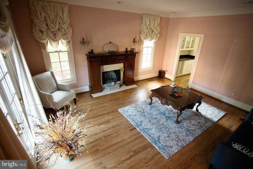 Living Room - 4802 FOXHALL CRES NW, WASHINGTON