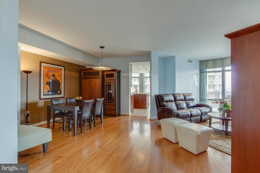 Dining Room - Living Rm - 11990 MARKET ST #1411, RESTON