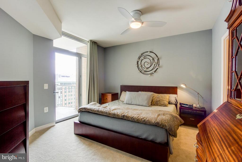 Bedroom (Master) - 11990 MARKET ST #1411, RESTON