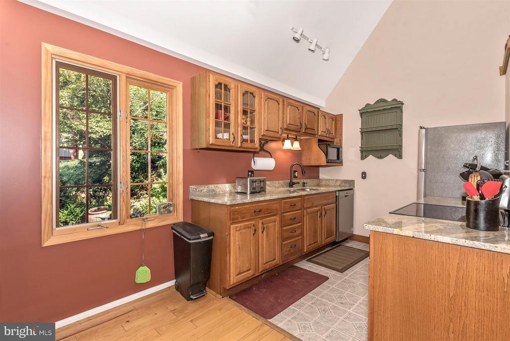 Kitchen - 8303 PALMER RD, MIDDLETOWN
