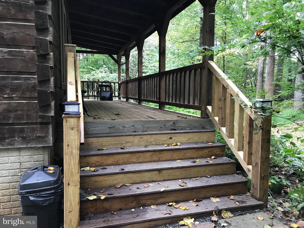 New steps - 14551 CREEK LN, WATERFORD