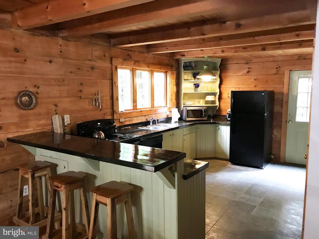 Kitchen - 14551 CREEK LN, WATERFORD