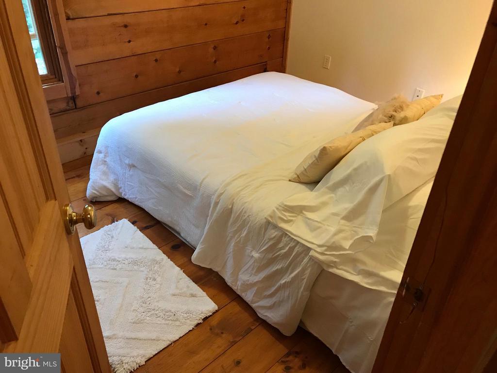 Bedroom 4 - 14551 CREEK LN, WATERFORD