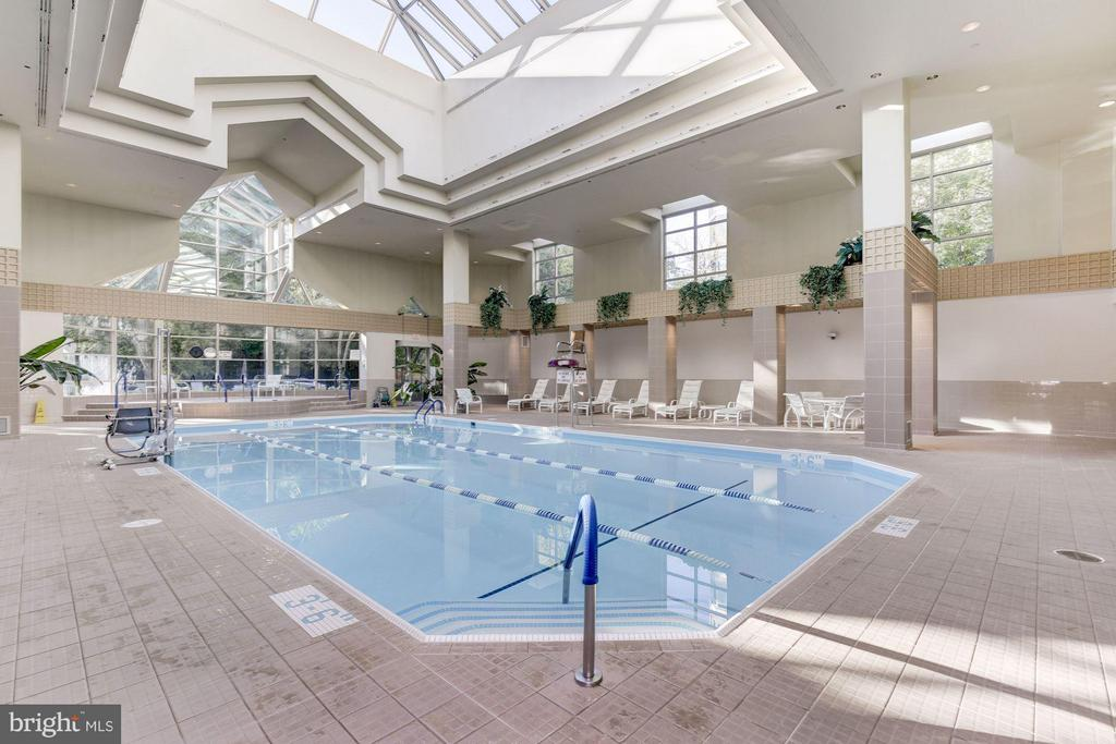 Community interior pool - 5610 WISCONSIN AVE #1606, CHEVY CHASE