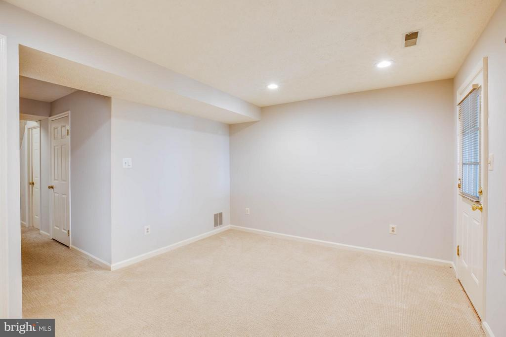 Family Room - 3772 SUDLEY FORD CT, FAIRFAX
