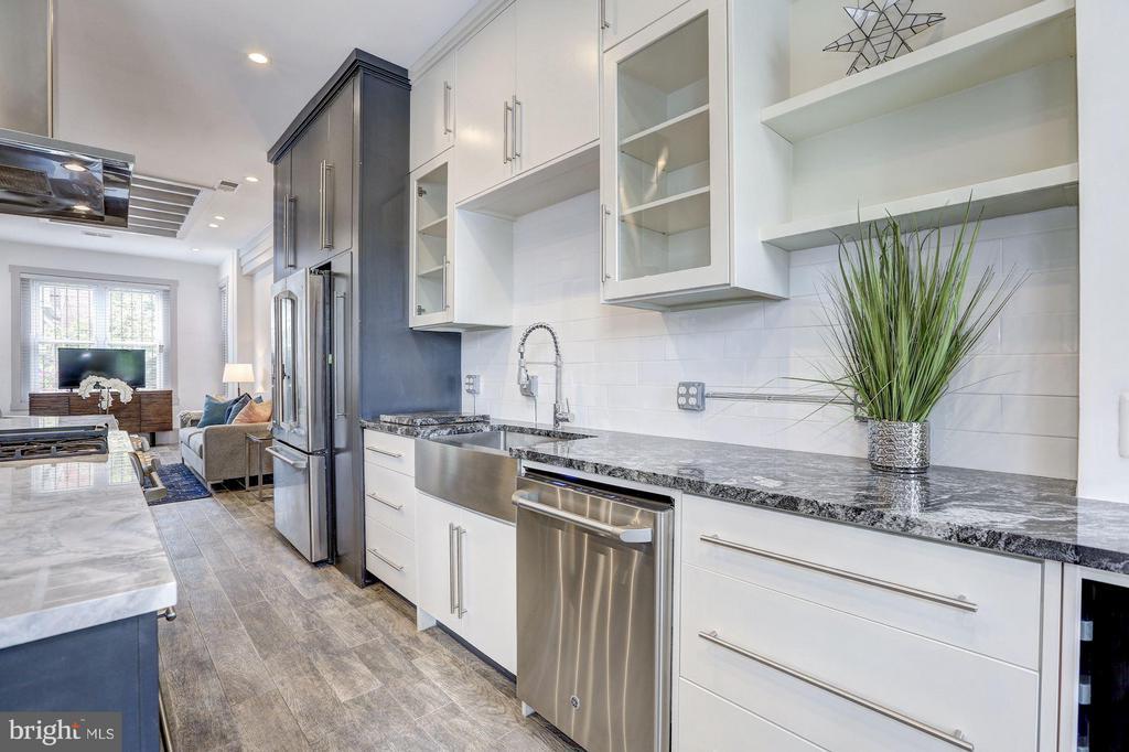 Kitchen (3 of 5) - 1023 OTIS PL NW, WASHINGTON