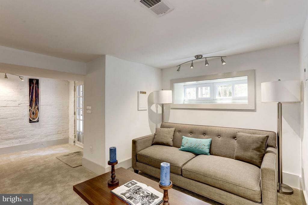 Living Area (1 of 3) - 1023 OTIS PL NW, WASHINGTON