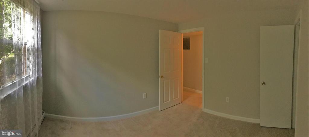 Bedroom #4 on Lower level - 4829 KEMPAIR DR, WOODBRIDGE