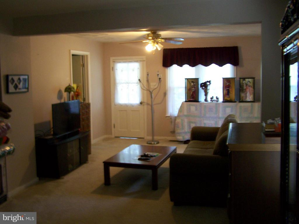 Family Room - 1816 CHERRY HILL RD, DUMFRIES