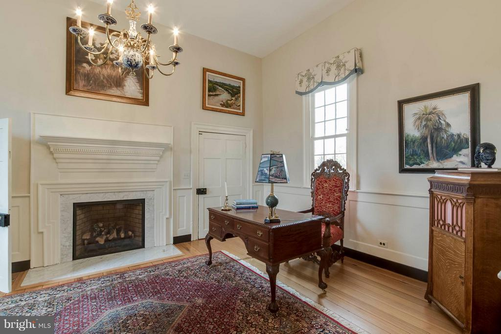 North Parlor - used as an office and piano area - 15826 OLD WATERFORD RD, PAEONIAN SPRINGS