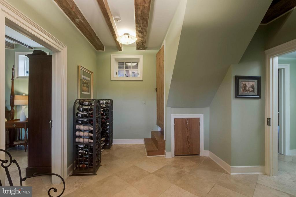 Basement Foyer - perfect for wine storage! - 15826 OLD WATERFORD RD, PAEONIAN SPRINGS
