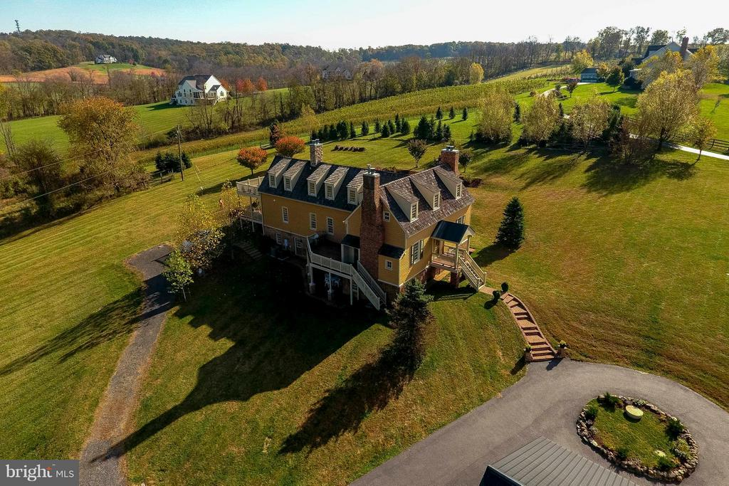 Another breath taking overview - 15826 OLD WATERFORD RD, PAEONIAN SPRINGS
