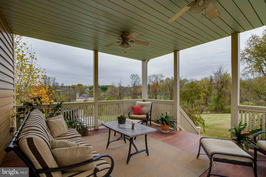 Back porch outside of kitchen - 15826 OLD WATERFORD RD, PAEONIAN SPRINGS
