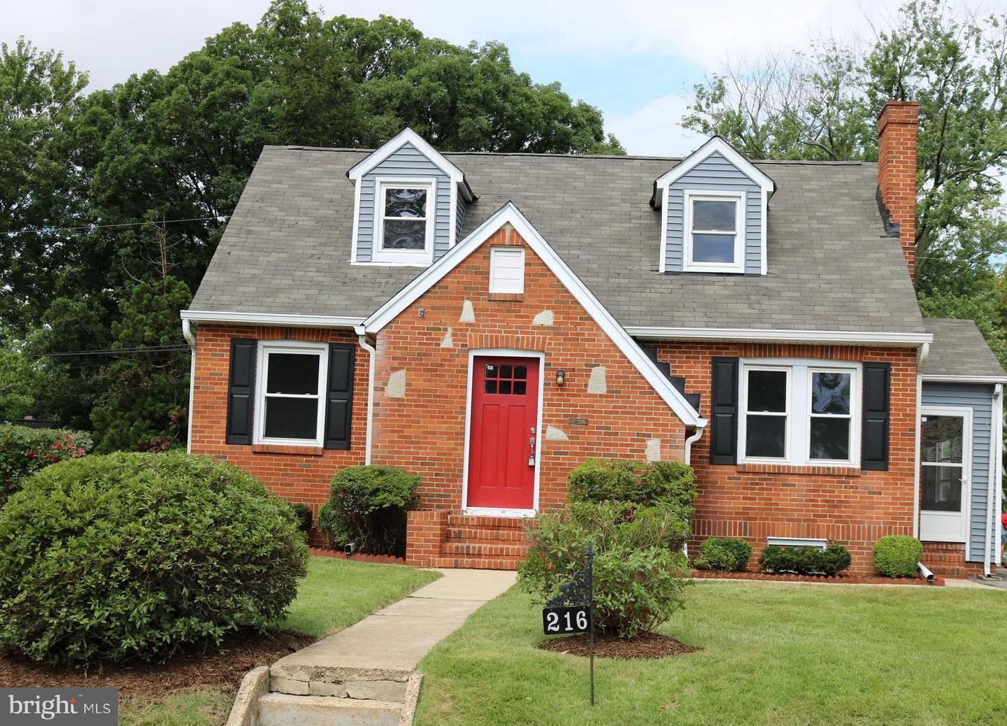Single Family for Sale at 216 Homewood Rd Linthicum Heights, Maryland 21090 United States