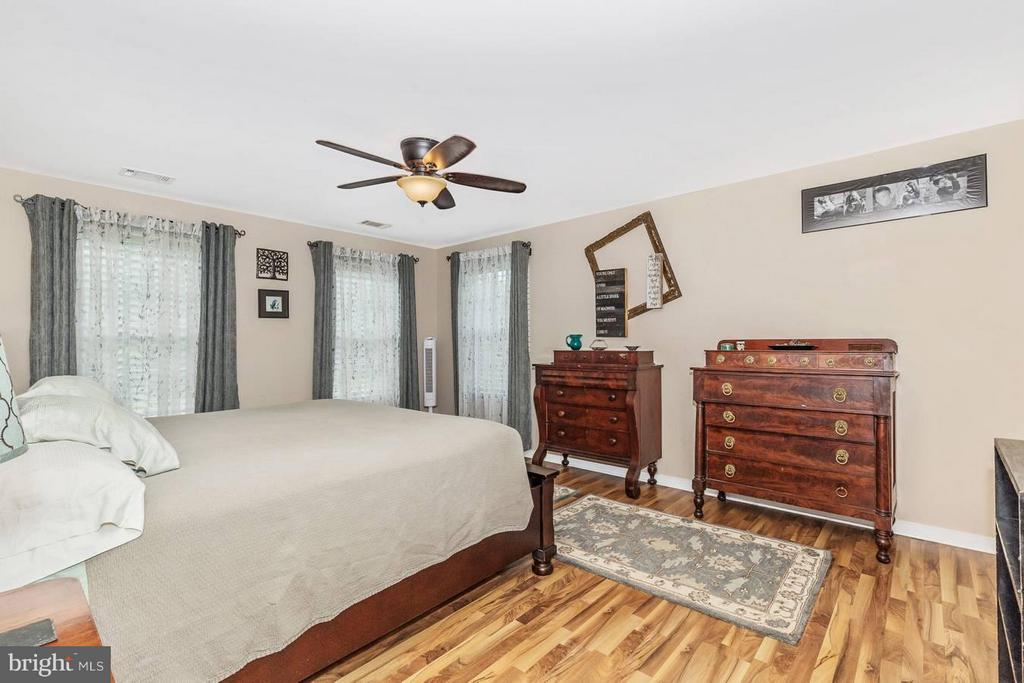 Bedroom (Master) - 4158 SOUTHBEND LN, SHARPSBURG
