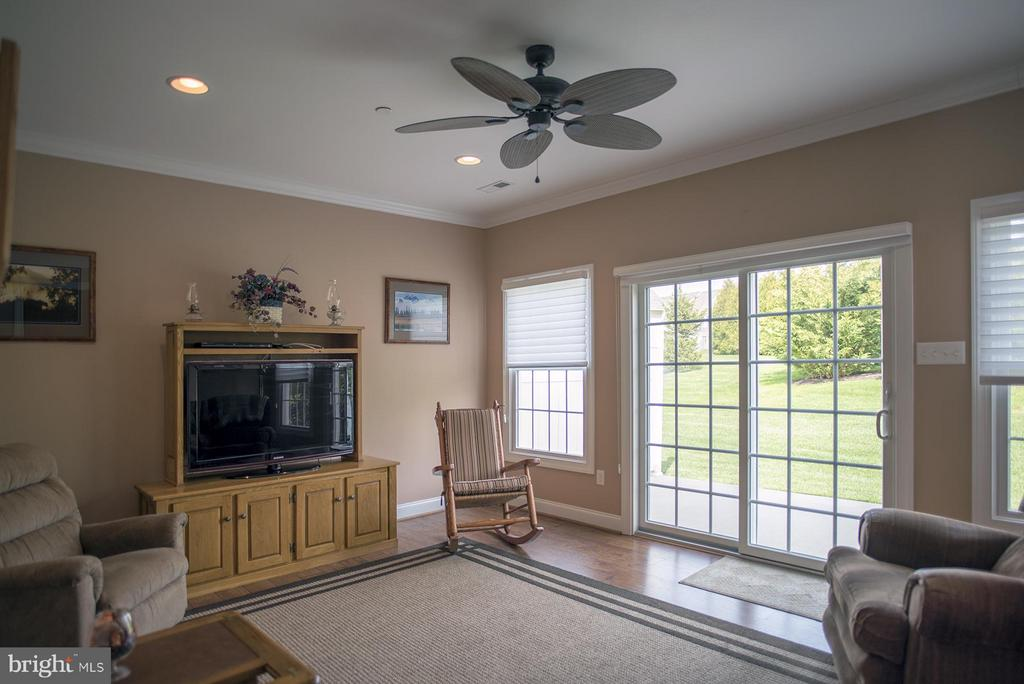 Family Room - 12903 HAWKINS CIR #53, HAGERSTOWN