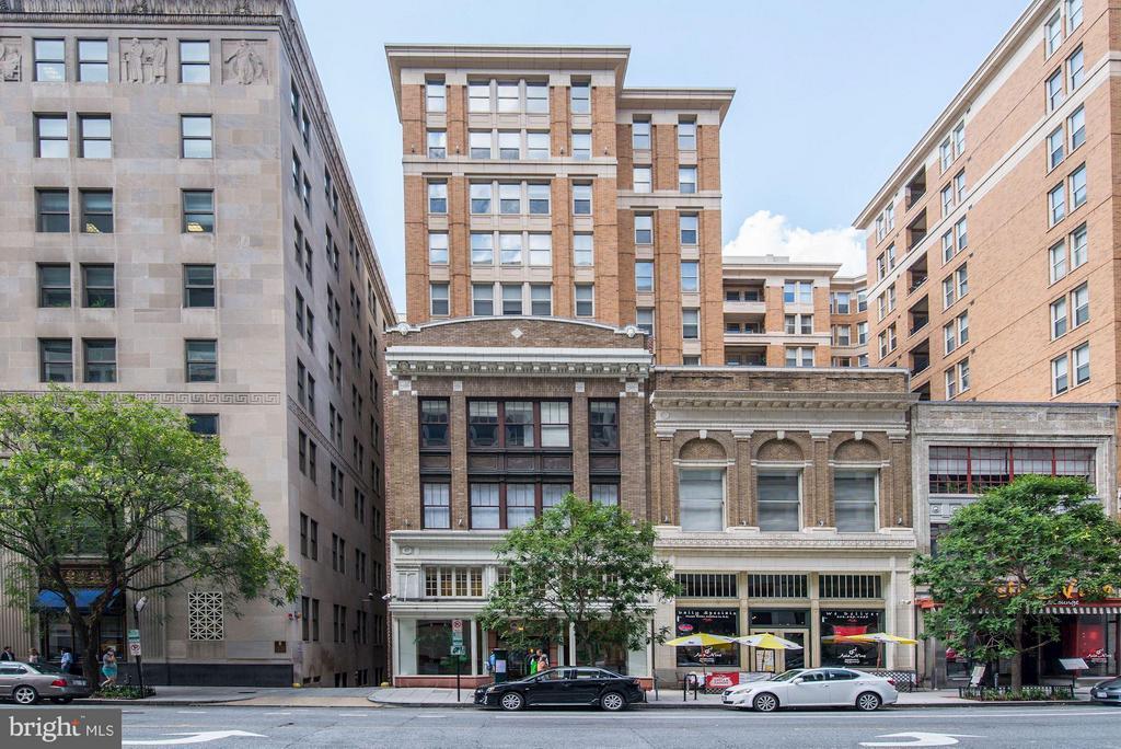 Exterior (Front) - 915 E ST NW #1011, WASHINGTON