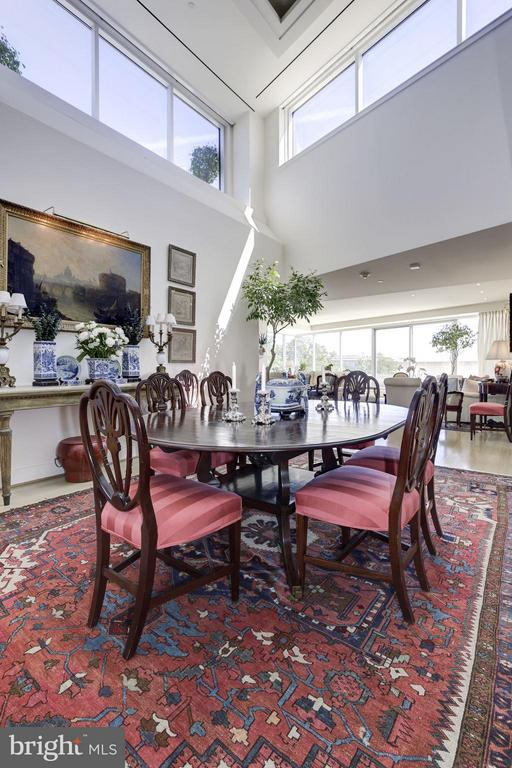 Sun Drenched Dining Room - 2900 K ST NW #601, WASHINGTON