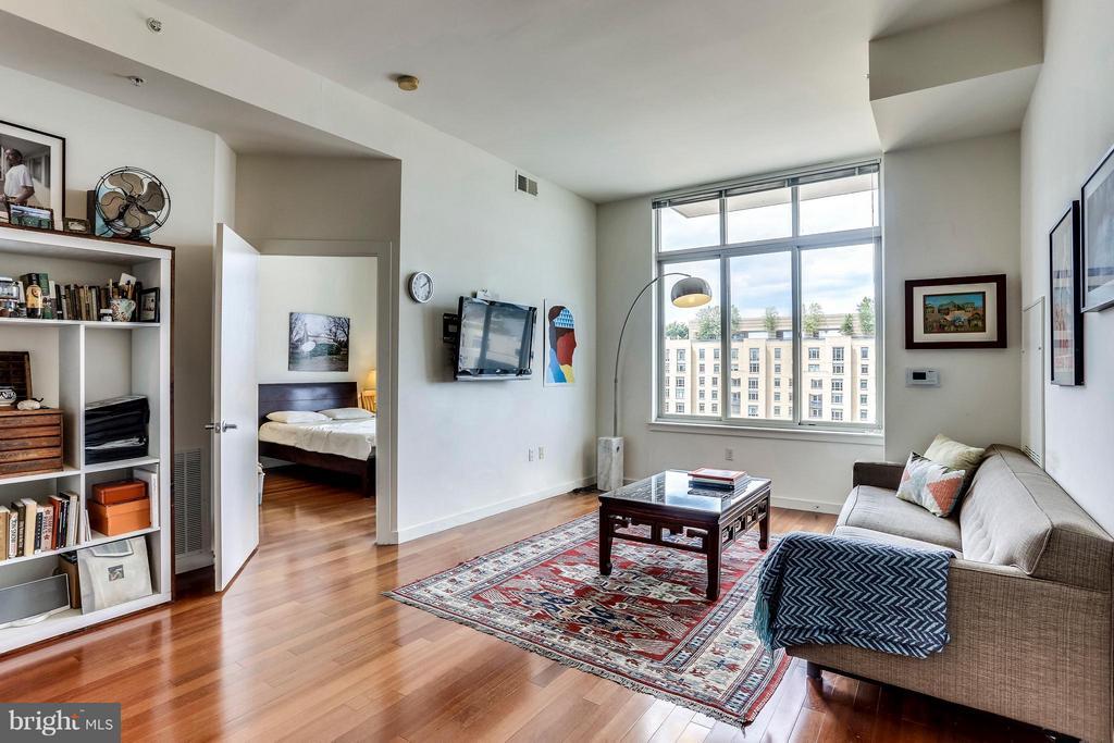 Living Room - 1000 NEW JERSEY AVE SE #PENTHOUSE 10, WASHINGTON