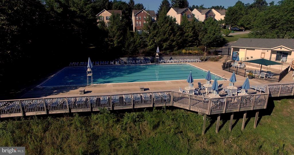 Westwinds Pool - WOODLAND RD, NEW MARKET