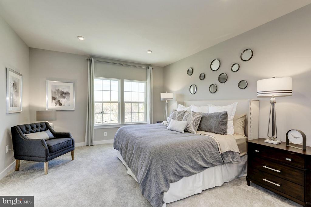 Bedroom (Master) - 701 SKY BRIDGE DR #207A, LARGO