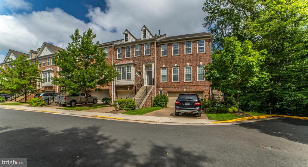 12883  FAIR VALLEY COURT 22033 - One of Fairfax Homes for Sale