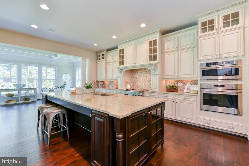 Kitchen - 12211 DEER CREST CT, FAIRFAX