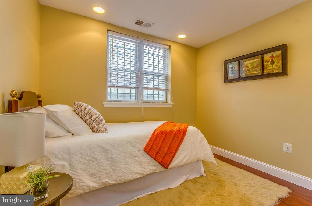 Bedroom - 4929 FOOTE ST NE #1, WASHINGTON