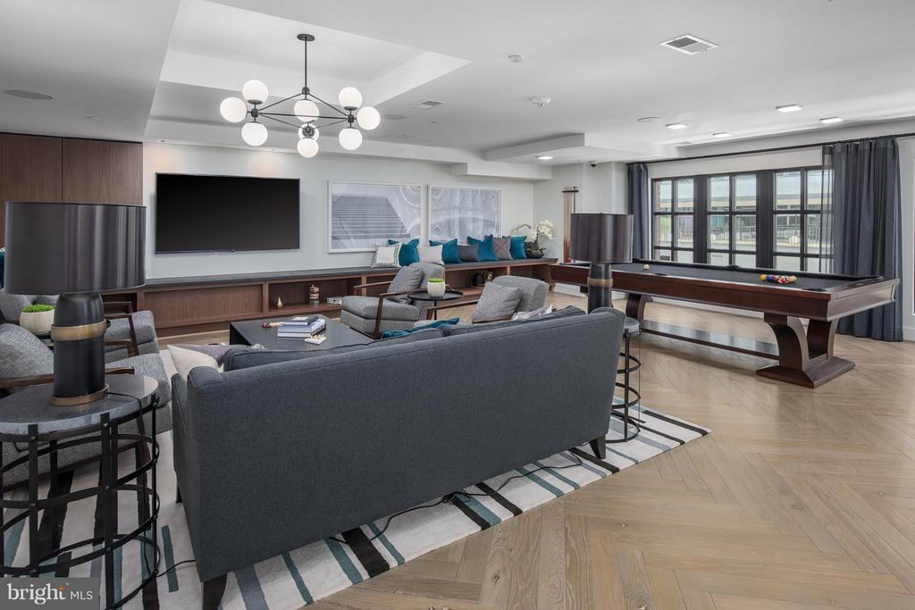 Billiard Room - 1411 KEY BLVD #1209, ARLINGTON