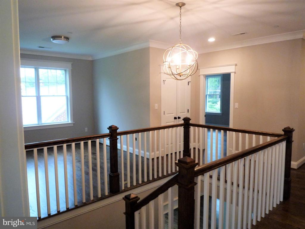 2nd Floor family and hallway - 5919 RYLAND DR, BETHESDA