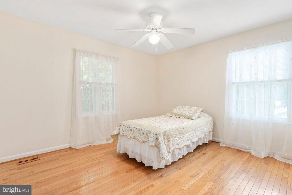 Bedroom 5 - 16116 INDUS DR, WOODBRIDGE