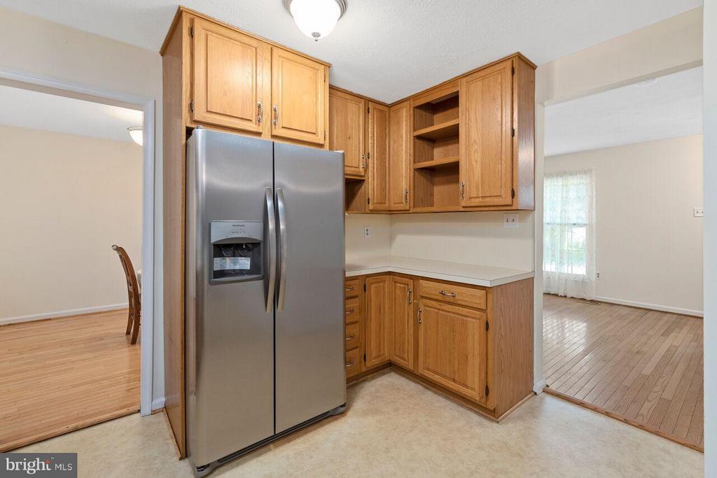 Kitchen - 16116 INDUS DR, WOODBRIDGE
