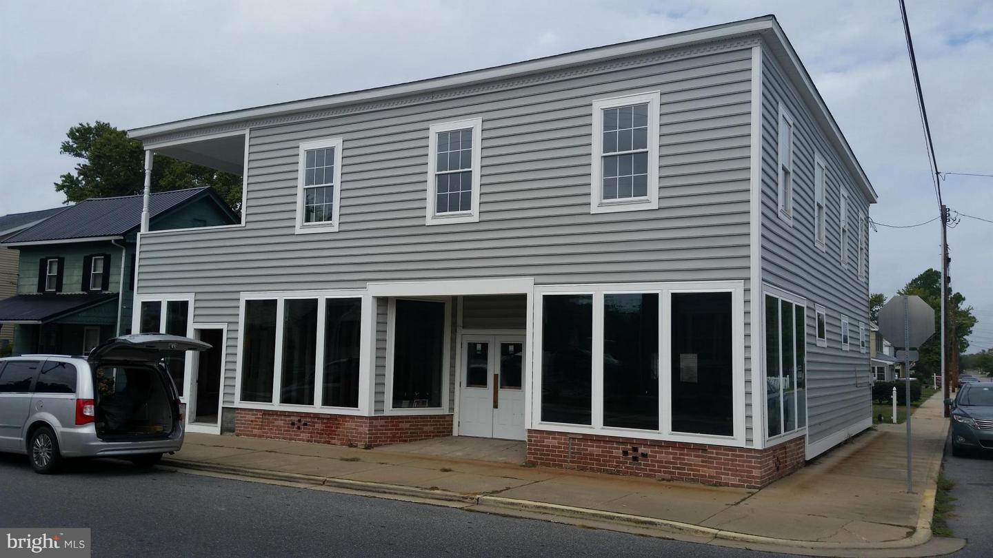 Commercial for Sale at 101 Market St Vienna, Maryland 21869 United States