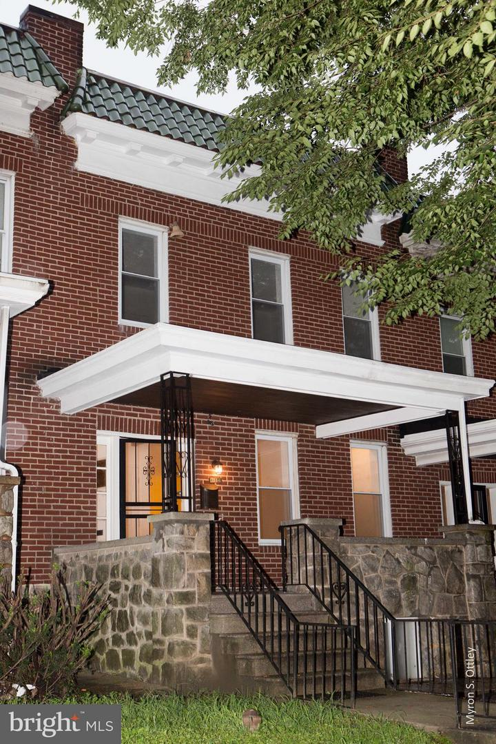 Single Family for Sale at 3114 Gwynns Falls Pkwy Baltimore, Maryland 21216 United States