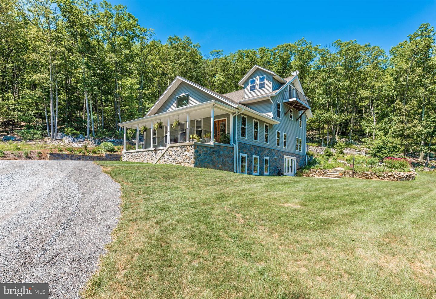 Single Family for Sale at 7602 Black Rd Thurmont, Maryland 21788 United States