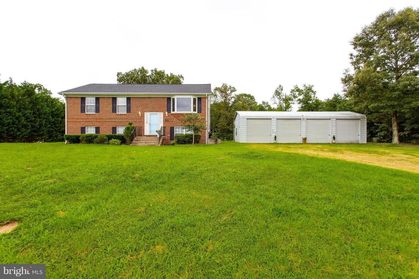 Single Family for Sale at 6430 Fire Tower Rd Welcome, Maryland 20693 United States