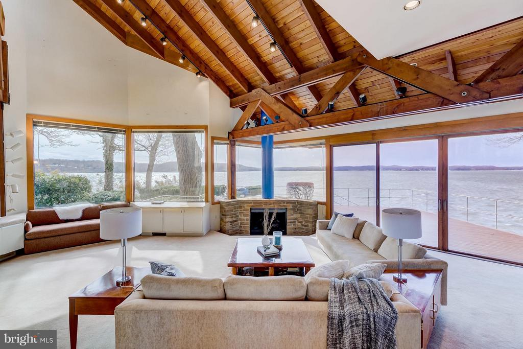 Great Room- 180 degree plus water views - 312 RUGBY COVE RD, ARNOLD