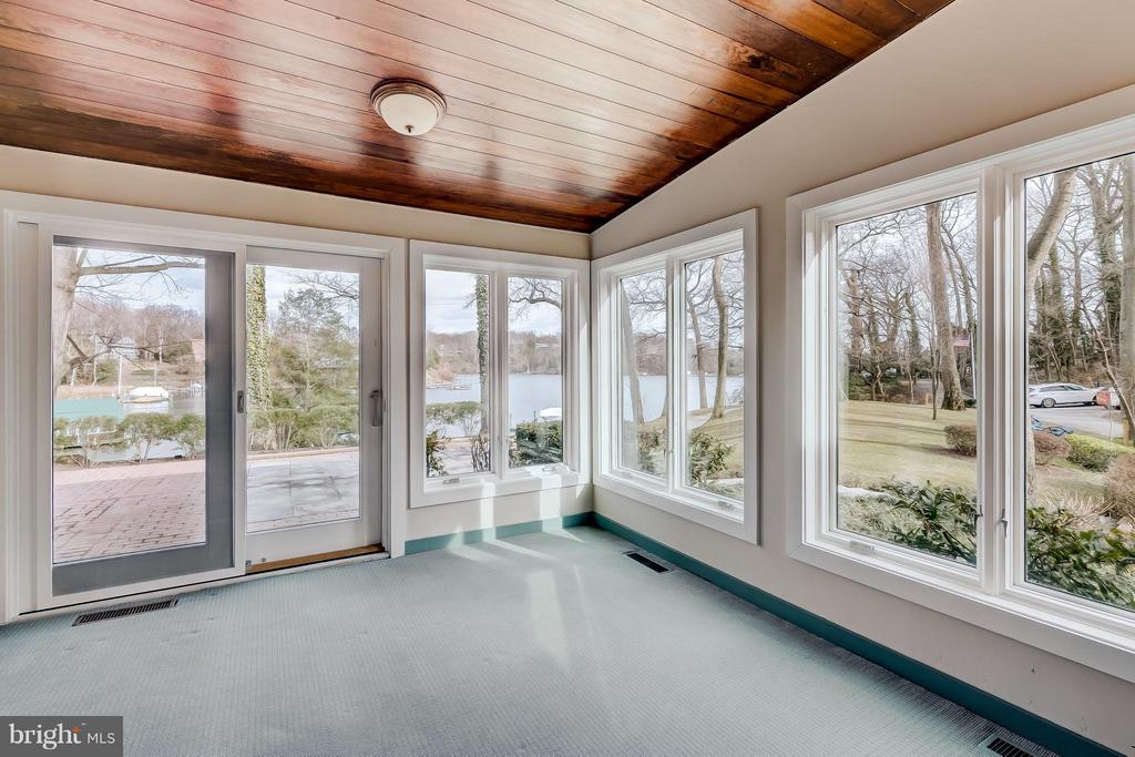 Sunroom w/ Cove views - 312 RUGBY COVE RD, ARNOLD
