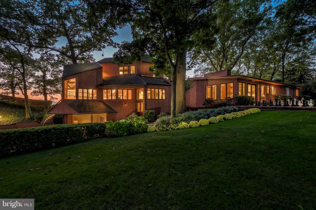 Gorgeous contemporary home - 312 RUGBY COVE RD, ARNOLD